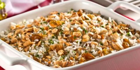 receita-arroz-festa-champanhe-amendoas-passas