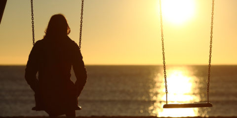 alone-on-swing